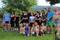 """Účastníci """"Mileneckého Les trois sports""""."""