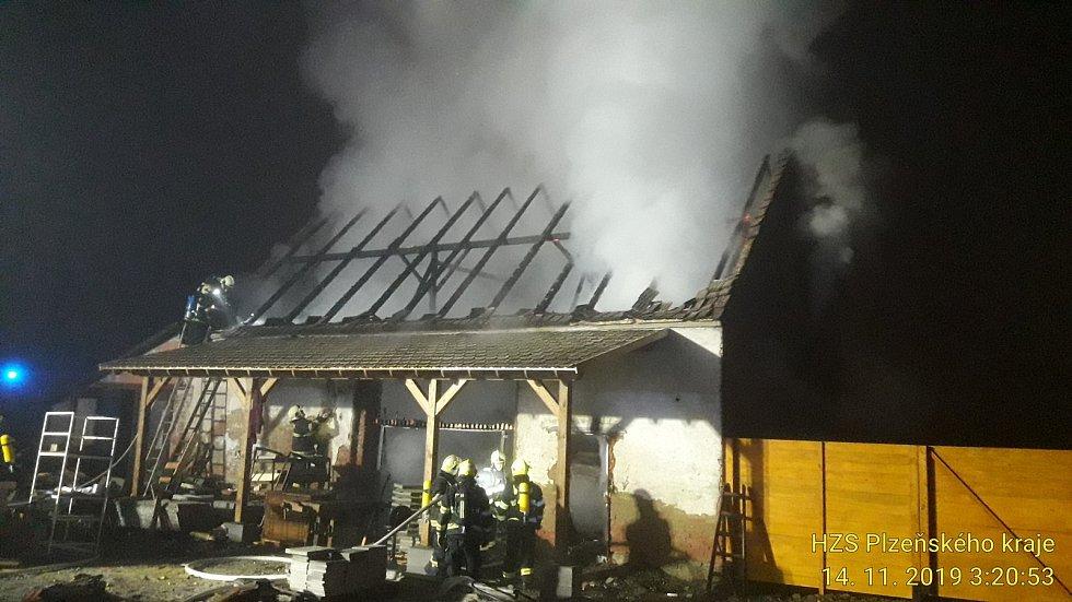 Požár v Žichovicích.