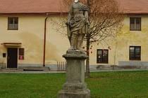 Socha rytíře na zámku v Horažďovicích