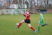 Fotbal krajský přebor muži TJ Start VD Luby (červení) vs. FK Svéradice. Hráno 18. března 2017.