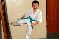 Mládež z oddílu karate se rozloučila minizávodem