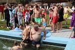 Otužilecké plavání v Žihobcích.
