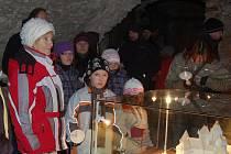 Večerní prohlídky se svíčkami na hradě Rabí
