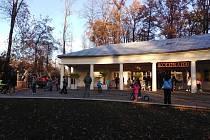 Kolonáda v Klatovech je navštěvovaná i v podzimních měsících.