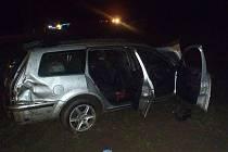 Při dopravní nehodě u Svéradic se zranili tři mladíci.