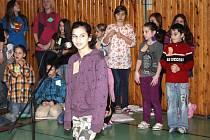 Pěvecká soutěž v janovické základní škole