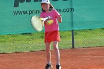 Simona Kadlecová  z LTK Klatovy díky letošním úspěchům na turnajích v babytenise zúčastní závěrečného Masters.