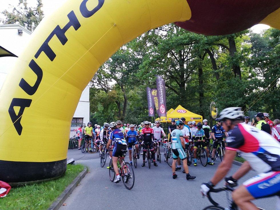 Triatlon Klub Klatovy uspořádal v sobotu na šumavských silnicích již 26. ročník cyklistického závodu Author Král Šumavy ROAD 2019.