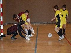 Třetí ročník turnaje starších žáků Buvolls Cup v Nýrsku vyhráli fotbalisté Klatovy A, domácí vybojovali bronz.