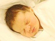 Tomáš Větrovec z Nýrska (3600 g, 52 cm) se narodil v klatovské porodnici 22. března ve 20.21 hodin. Rodiče Michaela a Tomáš přivítali očekávaného prvorozeného syna na světě společně.