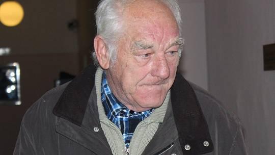 Václav Lorenc u klatovského soudu.