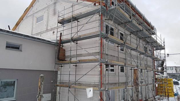 Výstavba hasičské zbrojnice v Železné Rudě.