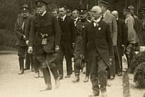PREZIDENT Tomáš Garrigue Masaryk (vlevo) v Klatovech