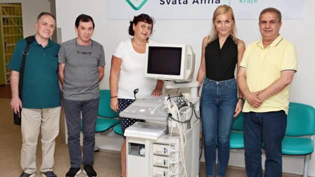 Do nemocnice putoval například i ultrazvuk.