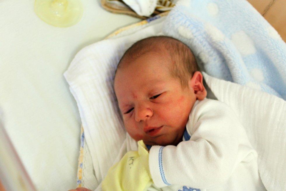 Jan Sigl zTupadel se narodil vklatovské porodnici 5. srpna ve 4:30 hodin (3820 g, 52 cm). Pohlaví svého prvorozeného miminka věděli rodiče Klára a Jan dopředu.