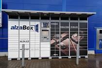 Alzabox v Klatovech, který se stal cílem zloděje.