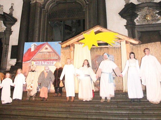 Vánoční Betlém se lidem líbil, agitace už ne
