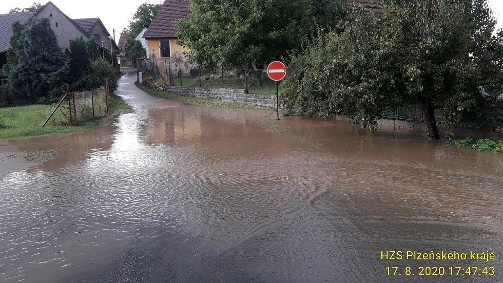 Bleskové povodně na Klatovsku a Plzeňsku.