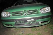 Dopravní nehoda opilého řidiče v Horažďovicích. Po ní napadl strážníka.