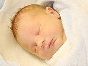 Šimon Olša z Nýrska (3500 g, 52 cm) se narodil v klatovské porodnici 20. března ve 13.30 hodin. Rodiče Lenka a Petr se dozvěděli až na porodním sále, že Laurince (4,5) a Anežce (2,5) přinesou domů brášku.