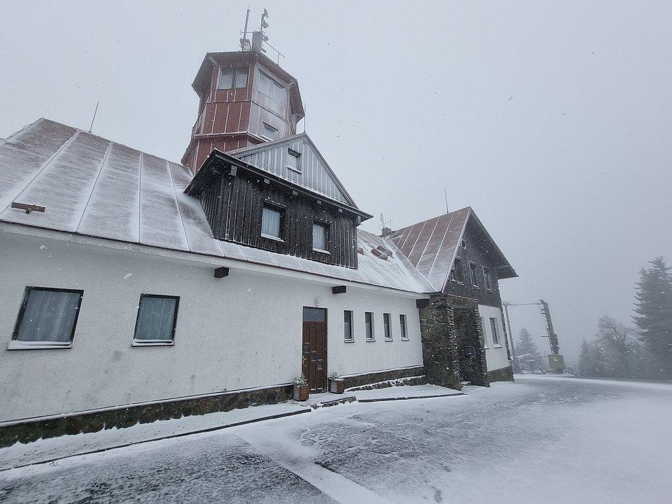 Sníh na Pancíři 2. května.