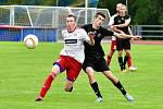 Mariánské Lázně (černé dresy) vs. Klatovy (bílé dresy) 0:0, 3:4 na penalty.