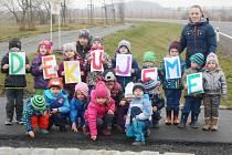 Klatovské radnici se rozhodly poděkovat děti z kalské školky.