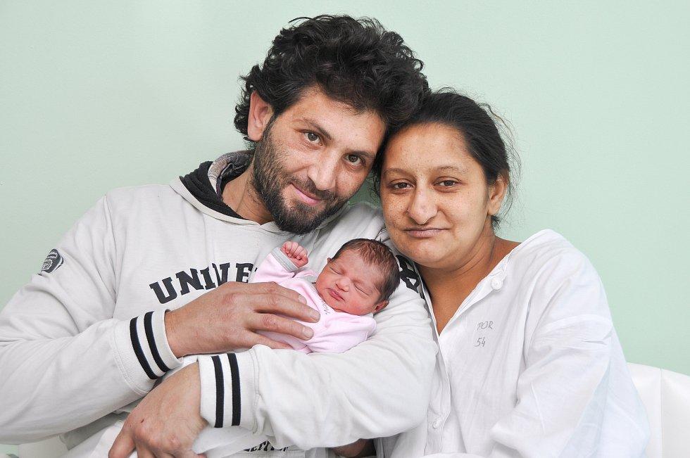 Ester Sofie Pušková z Horažďovic (2100 g) se narodila ve strakonické porodnici 18. ledna v 7.44 hodin. Rodiče Soňa a Martin se na dceru těšili.