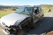 popiska na web: Nehoda osobního a nákladního vozu u Strašína.
