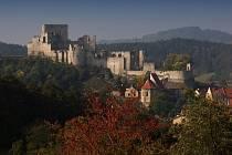 Kašperk, Velhartice, Rabí. To jsou tři gotické hrady, které spojuje nejen blízkost v oblasti Šumavy, ale také účast v projektu Šumavské trojhradí.