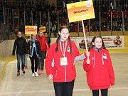 Slavnostní zahájení mezinárodního mládežnického basketbalového turnaje Easter Cup v Klatovech. Účastní se ho bezmála osm desítek týmů z několika zemí.