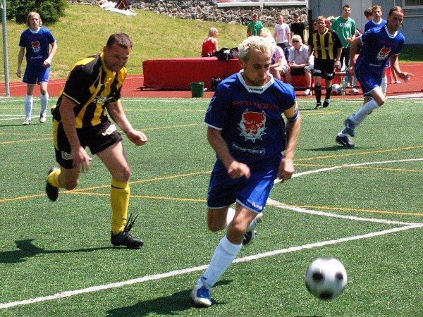 Klatovská amatérská liga: Red Dogs Kal A - FC BS Stars 2:3