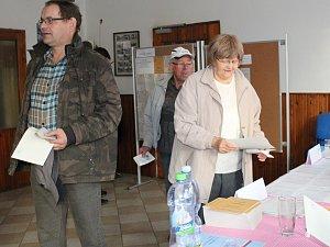 První volební den na Klatovsku.