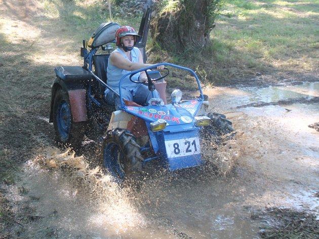 Bystřická traktoriáda 2013
