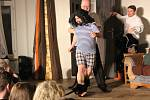 Divadelní spolek Plánice uvedl premiéru komedie Manželství na druhou aneb Barillonova svatba.