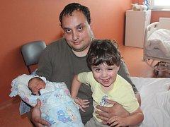 Václav Hrubý z Klatov (3195 gramů, 50 cm) se narodil v klatovské porodnici 12. července ve 12.24 hodin. Rodiče Anna a Vít přivítali svého očekávaného synka na svět společně. Z brášky má radost i Vítek (2,5).