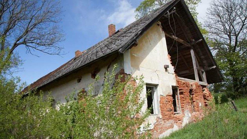 Samota Pohádka před několika lety, nyní už bude zchátralejší. Foto: Deník/Milan Kilián