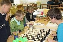 DĚTI v základní škole v Dlouhé Vsi mohou využívat ve svém volnu devět volnočasových kroužků.