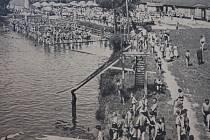 Lázně na řece Úhlavě v Klatovech ve 3é letech 20. století