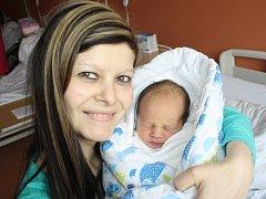 Dominik Leibl z Klatov (3010 g, 50 cm) se narodil v klatovské porodnici 16. prosince v 11.00 hodin. Rodiče Veronika a Radek věděli dopředu, že jejich prvorozené miminko bude chlapeček.