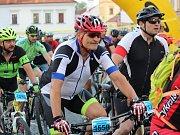 Author Král Šumavy MTB 2018 - Memoriál Františka Šraita: start závodu na 105 km na klatovském náměstí Míru