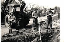 Stavba vodovodu v Liběticích 1983.