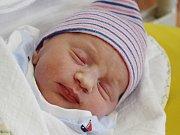 Lukáš Pangrác z Malonic (2950 g, 47 cm) se narodil v klatovské porodnici 24. července v 5.43 hodin. Rodiče Jana a Ondřej věděli, že jejich prvorozené dítě bude syn, kterého vítali na světě společně.