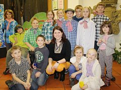 Výstava dětí ze ZUŠ v knihovně v Klatovech.