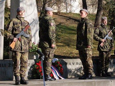 Pietní akt Pod Valy u příležitosti Dne veteránů