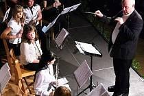 Skladbu Pocta Klatovům osobně dirigoval její autor Joel Blahnik