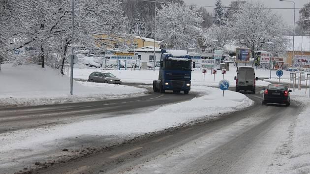 Plzeňská ulice u nemocnice v Klatovech