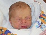 Tomáš Vaněk ze Žichovic (3090 g, 51 cm) se narodil v klatovské porodnici 22. dubna ve 23.12 hodin. Rodiče Michaela a Tomáš věděli, že jejich prvorozené dítě bude syn. Na světě ho přivítali společně.
