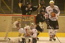 Hokejisté SHC Klatovy prohráli v Sokolově 1:6.