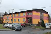 Ubytovna v Klatovech, kde měl řádit propuštěný vrah.